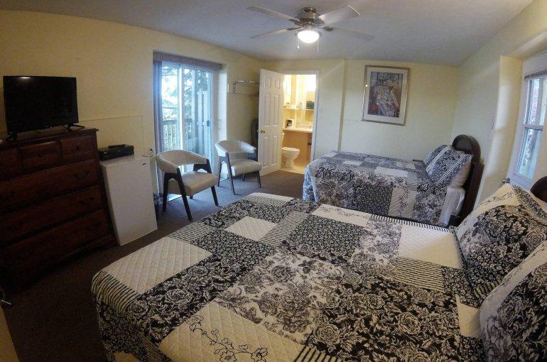Room 214 2