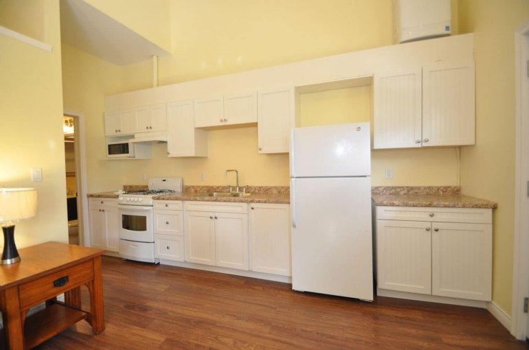 Cottage 25 Kitchen
