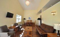 Cottage 25 Living Area
